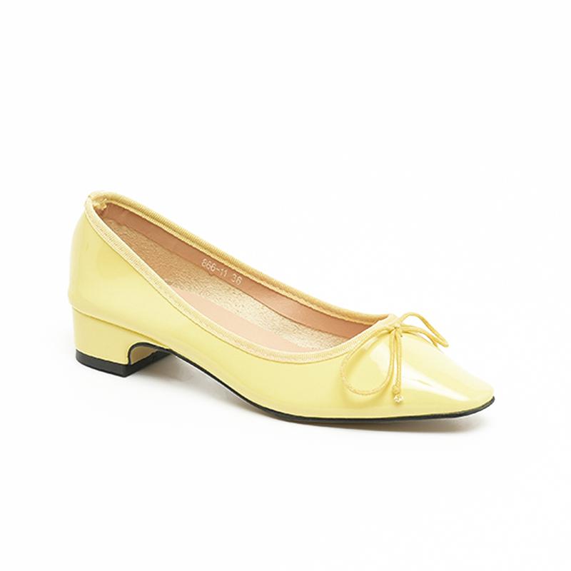 Giày búp bê đính nơ đế cao 3cm da bóng SG866-11YE