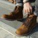 Thực sự có cách đánh giày da lộn hay không?